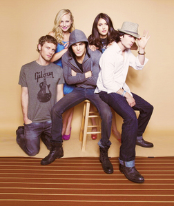Here it is :) Ian, Paul, Candice, Joseph and Nina :)