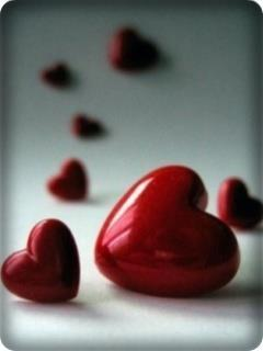 never close heart, hearts r for loving