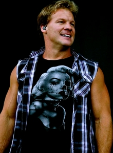 Iv'e known jericho for a long time since I was little but I love him better with short hair! It's more sexier