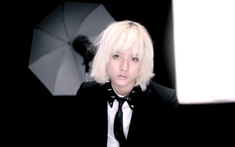 REN, BECAUSE PEOPLE THINK THAT HE IS A GIRL BUT HE IS NOT HE HAS CHARM