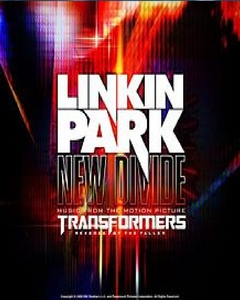 It's called 'New Divide' sa pamamagitan ng Linkin Park. http://itunes.com eh....Well go to the trasnpormer ROTF soundtracks and it's the very 1st song there.