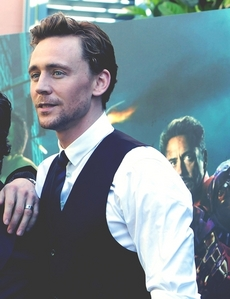 Tom Hiddleston awesome actor!! *_*