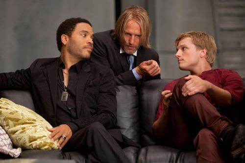 ❤Josh Hutcherson in The Hunger Games with Lenny Kravitz & Woody Harrelson ❤
