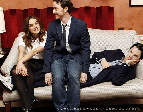 I know Benedict is not sitting, but i love this pic soooo much. He's so sweet here <3
