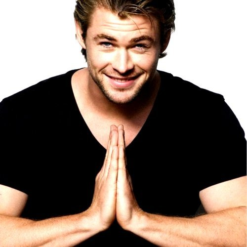 lol Chris Hemsworth <2