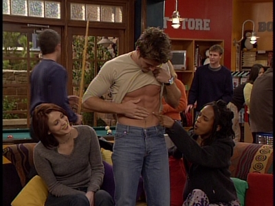 Matthew gets lots of attention 의해 these two girls, Maitland Ward and Trina McGee-Davis, while they staring at his abs. YUM!!! <33