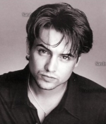 Will Friedle has really nice hair.