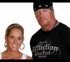 the reason undertaker hasnt come back beacuase he is going to have a beatifuil daughte with her wife a former wwe women champoin michelle mccool thats why and i think he is coming back beacuase smackdown and raw are getting boring with out him we need him back and for are u bret heart fans bre his coming back next monday just to infor anway have a nice day night or morning which ever u are