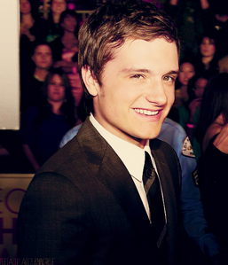 ❤Josh @ the 2012 People's Choice Awards❤