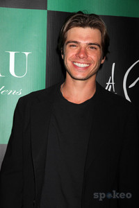 Matthew Lawrence with a big smile!!<33