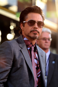 I'm not tired posting RDj pics so here is he :)
