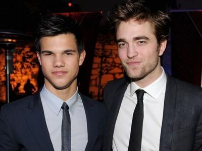 Taylor Lautner with unnattractive Robert Pattinson.