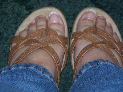I am grown...my shoe size shouldn't grow anymore. I wear a [b]5 & 1/2[/b] -to- a [b]6 & 1/2[/b] depending on the shoe. MAH FEET! lol