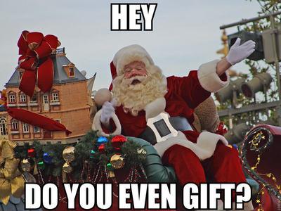 >Jesus vs Santa >vs Santa >Santa >Santa