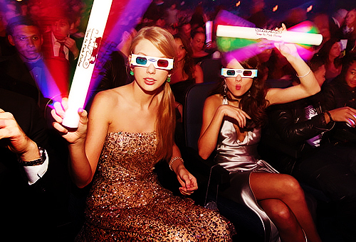 They r so sweet together <13 