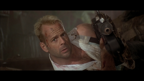 Bruce Willis thanks to The Fifth Element (that i think is one of his best interpretations) <3