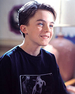 LOL, when I was a kid I was obsessed with Frankie Muniz (don't judge me!).