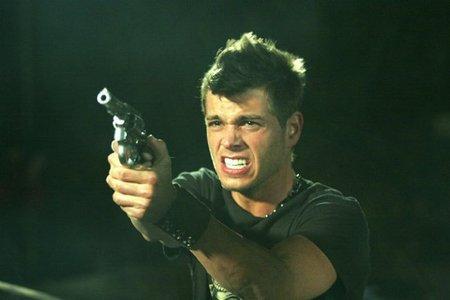 """Don't हटाइए या I'll shoot!!"" Sexy Matt with a gun."