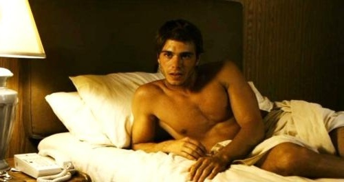 Matthew in bed, ready for some lovin'. <3333