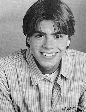 Black & white pic of Teen Matthew. <33