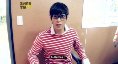 I have many pictures of TOP. But this one is so adorable. xD