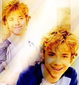 ❤JEREMY SUMPTER❤ (He is only mine) And why is my hero, i dont know...