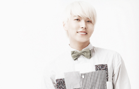 And again me too!!! :D It's sungmin!