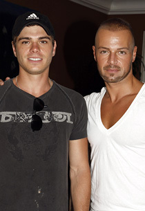 Matthew and his brother, Joey. <3333