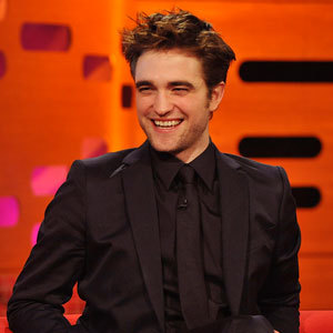 this is my pic,of Robert Pattinson happy.I cinta his smile.His smile is just one of the many things I cinta about him.