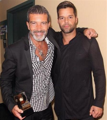 Antonio Banderas and Ricky Martin <3