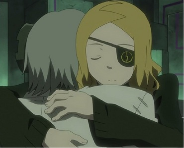 Marie hugging anyone in Soul Eater. In this case, Stein. :'(