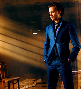:D Tom Hiddleston