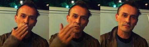 Knepper sending kisses to his شائقین