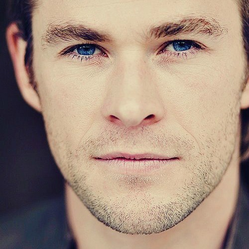 Chris has bright blue eyes <3