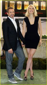 hahaaaa oh Rob!! She is way taller than him XDDD