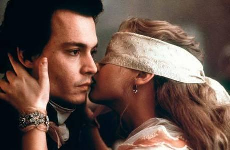 Christina Ricci and Johnny Depp in Sleepy Hollow