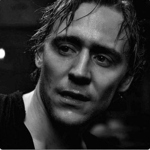 Thomas Hiddleston :)