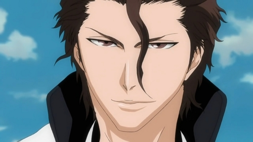 Aizen from Bleach uses his hypnotic powers so that no one can see him, and on 最佳, 返回页首 of that he is a shinigami, meaning he is invisible to humans.