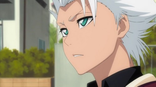 Hitsugaya Toushirou! :D he's very short for his age, white hair, turqoise eyes & he loves candied beans & 西瓜 ^^ don't know if u would count him as unique, but i just have to look at him.