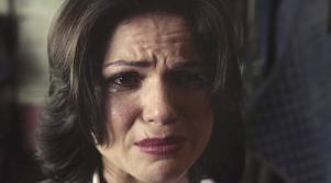 There was that one time when my favirote character wasn't in the entire 4th season. ._. Da fuq, Du can't just kick out the main villain! The whole scene in OUAT when Regina almost got her lover back, totally made Du think it was gonna happen, then she had to kill him. So she saw him die twice. It only makes sense if Du watched it.