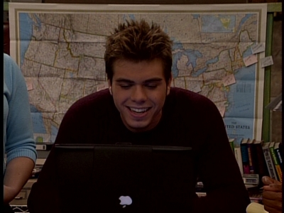Matthew Lawrence on the laptop is hot to me. <333