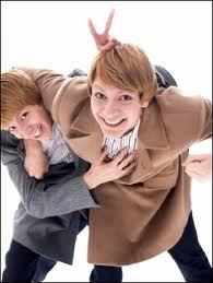 Fred & GEORGE WEASLEY!!!! Because they are funny and loving!! I would Liebe to meet them!!!