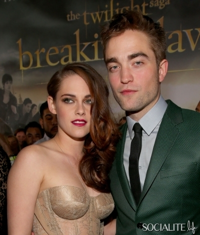 No,I do not think it was a ploy to generate ticket sales.They have been back together since she was in Toronto,doing premiere stuff for On the Road,which was like 2 months ago.A friend pointed out if you look closely you will see Kristen's lipstick on Rob's lip,and you know what that means-that there was halik in the limo that they arrived in together.Now does that sound like a couple just together to generate ticket sales for Breaking Dawn?