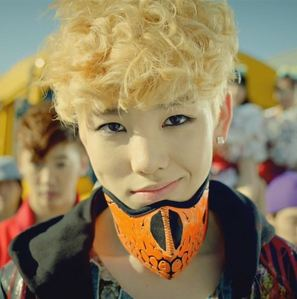I'm so obsessed with Zelo!!! But I feel so guilty for liking him.. because I'm 2 years older than him -___-