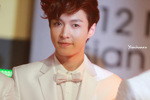 [i]I started to like Lay from the 1st time I saw [/i]