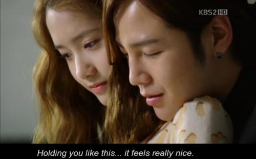 JANG GEUN SUK fell in love YOONA.