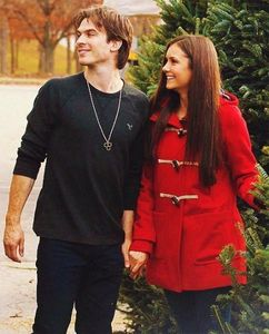 Delena for Christmas! Hahahah what مزید could I ask for?? <33333