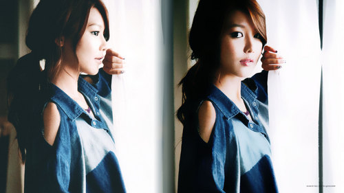 My 가장 좋아하는 member is Sooyoung! Her personality is def. one of the bests! She's very funny and pretty too! Really good at dancing also! My 초 가장 좋아하는 member is...TAEYEON!!! Sooyoung will forever be my bias though :)!