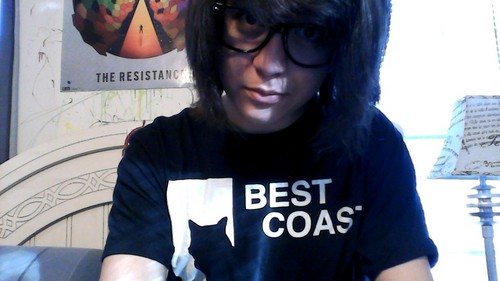 Yes, I know I look like a boy. Yes, I know I'm not very pretty. Yes, I know I have a gross zit on my face ; n ;.