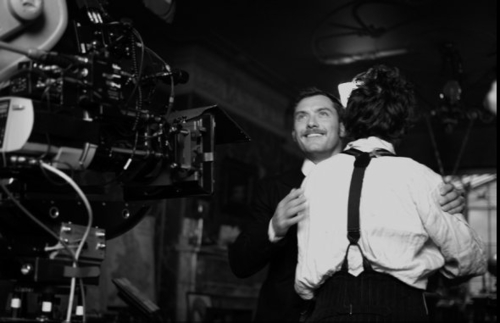 Downey hugging Jude behind the scenes with camera :)